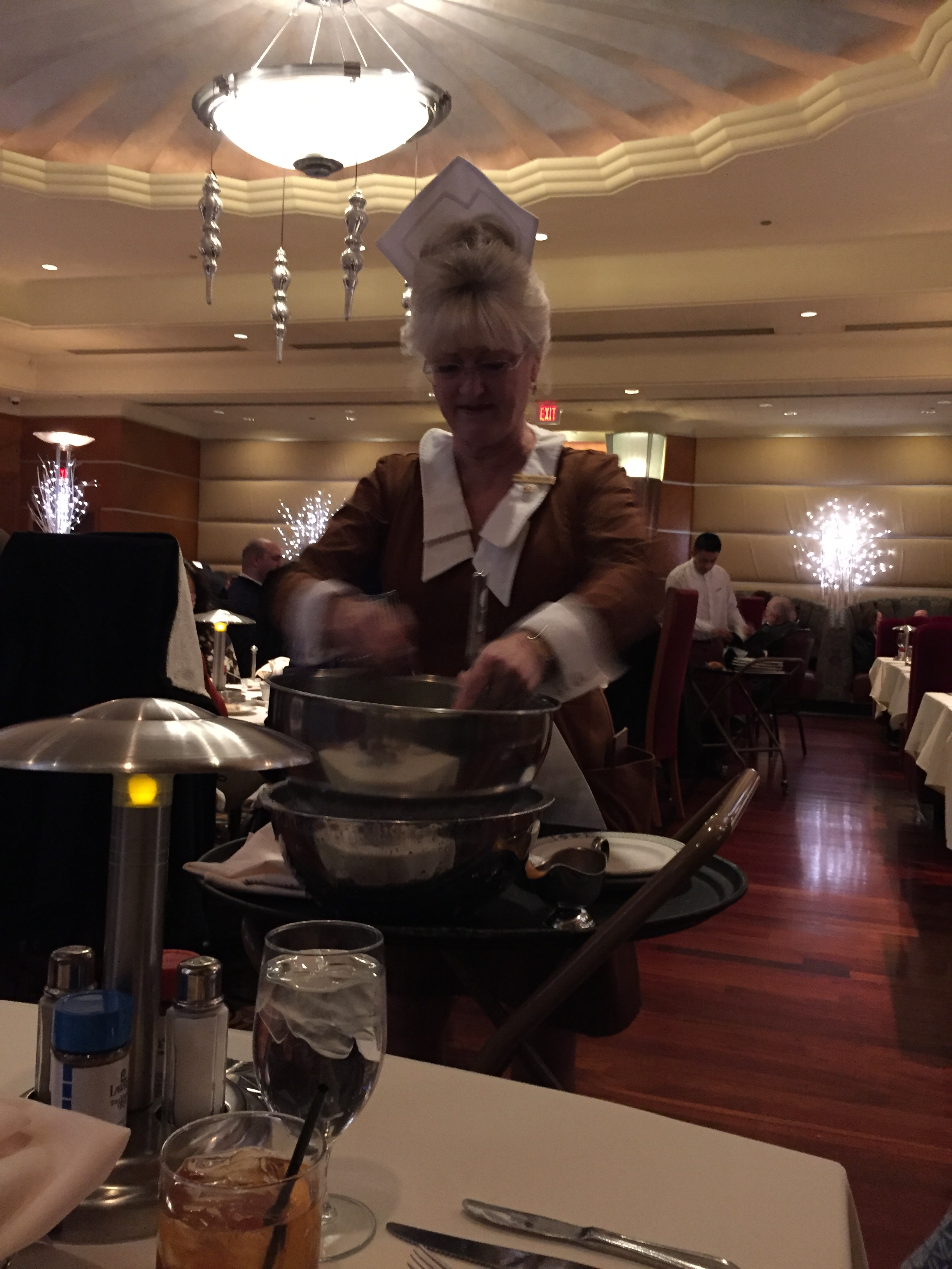 Las Vegas Lawry S Holiday Tradition You Can Call Me Mochelle